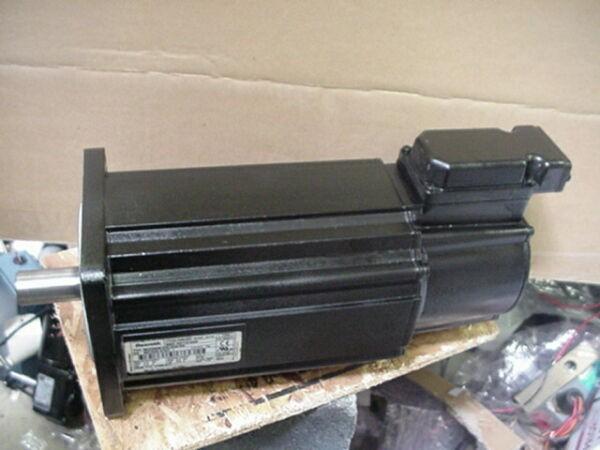Rexroth Indramat MKD090B-035-GG0-KN PERMANENT MAGNET SERVO MOTOR P/N R911274568